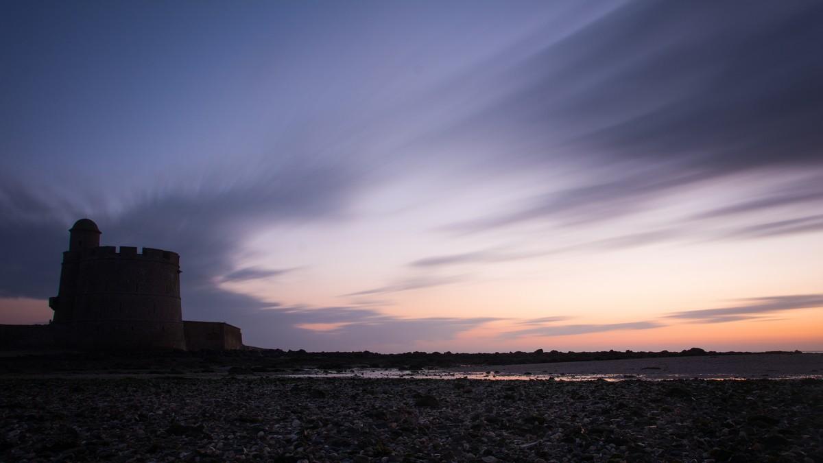 Tatihou - La tour Vauban au lever du jour