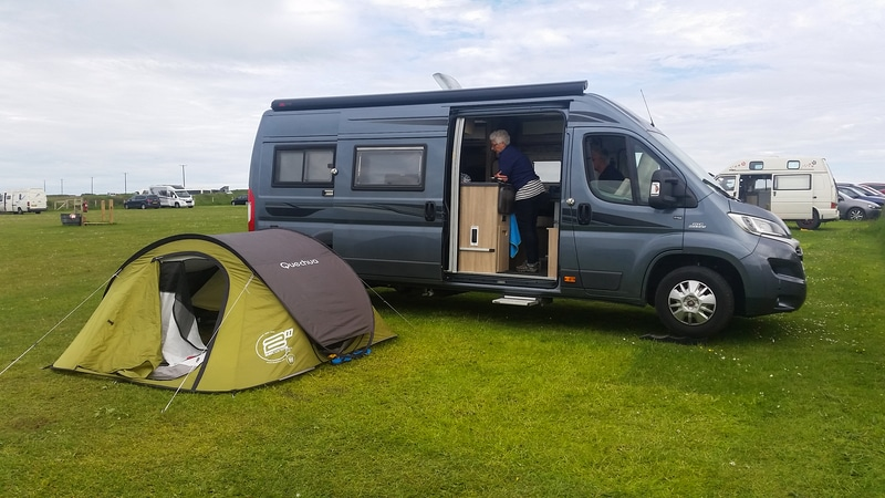 Skokholm camping West hook farm